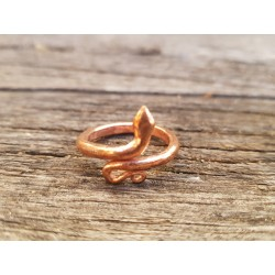 Posvečen bakren kačji prstan